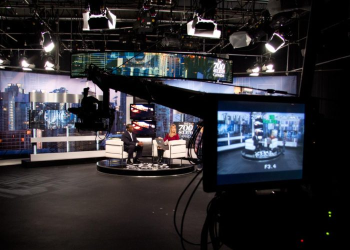 Brendan Schnurr Operates Jib for 700 Club Canada